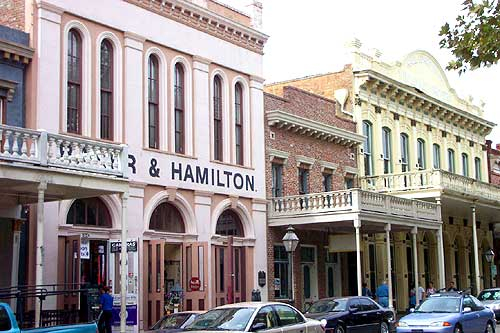 Jermaine_Cruz_-_Sacramento_Old_Town_Buildings