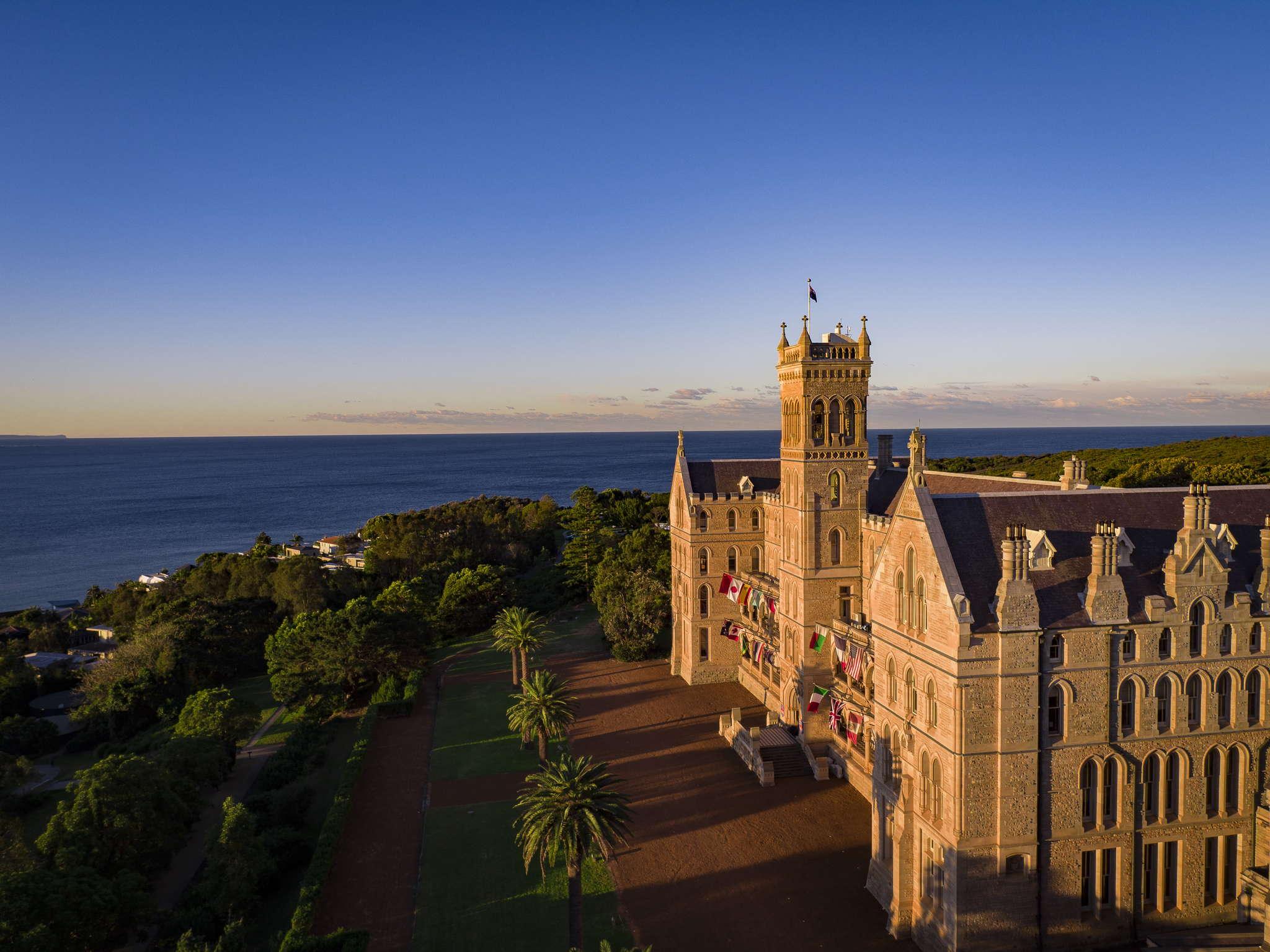 International_College_of_Management_Sydney_2_160701_ICMSMANLY-211
