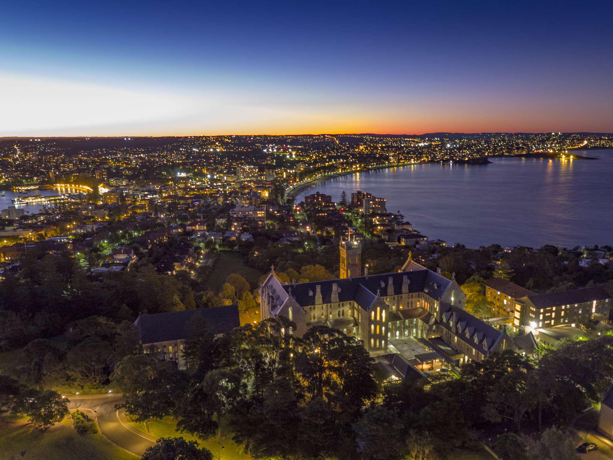 International_College_of_Management_Sydney_7_160701_ICMSMANLY-268